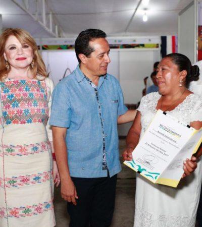Inaugura Carlos Joaquín feria artesanal en chetumal