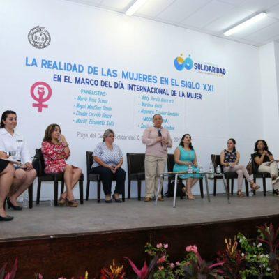 En foro sobre mujeres, ofrece Cristina Torres políticas públicas que promuevan la paridad de género