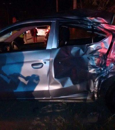 TRAGEDIA DE MOTOCICLISTAS EN LA CARRETERA: Pareja se estrella contra auto; muere la mujer y el hombre está grave