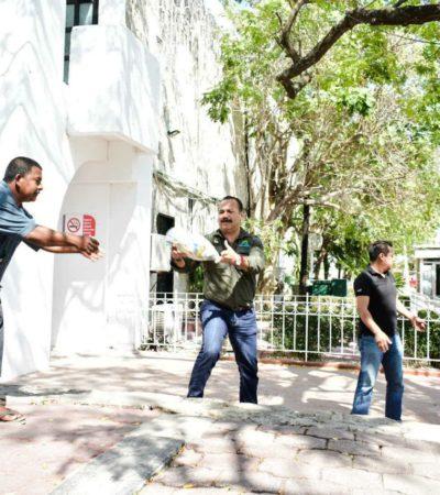 Mientras dan solución definitiva a los desalojados de 'El Fortín', entrega gobierno de Carlos Joaquín ayuda humanitaria