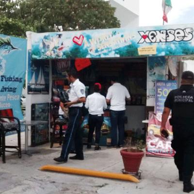 """""""ESTAMOS MUY MOLESTOS… SON COMO LOS 'GREMLINS'"""": Módulos turísticos, una plaga difícil de quitar en Cancún: Acluvaq"""