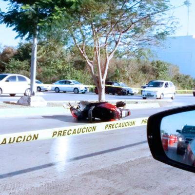 Muere motociclista al derrapar en el Arco Vial de Playa del Carmen