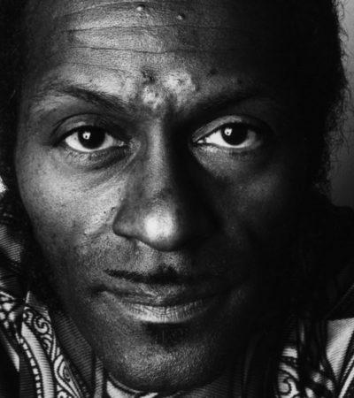 ADIÓS A UNOS DE LOS FORJADORES DEL ROCK & ROLL: A los 90 años, muere el legendario Chuck Berry