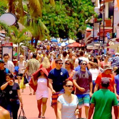 Preocupa a la AMAV 'plaga' de módulos turísticos irregulares tanto en Cancún como en Playa del Carmen