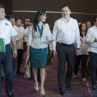 Participa Laura Fernández en reunión de seguridad con el Osorio Chong y Carlos Joaquín