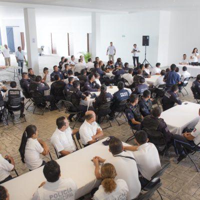 Anuncian ajustes salariales a policías de Puerto Morelos