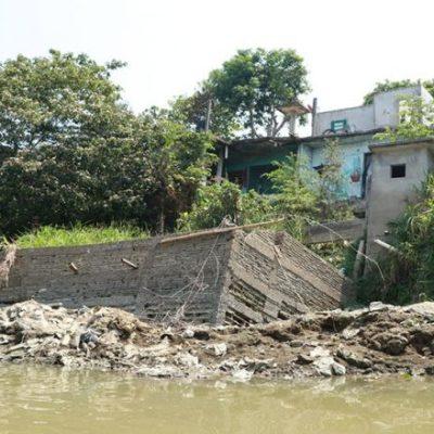SE TRAGA RÍO 11 VIVIENDAS EN TABASCO: Hay 49 casas más en riesgo por afluente del río Pichucalco