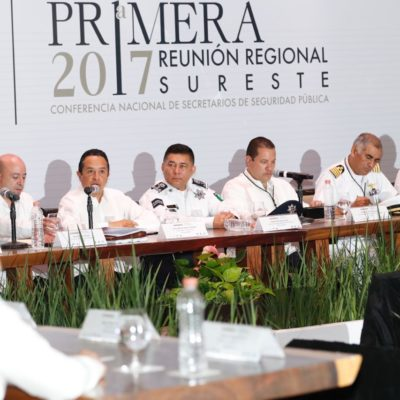 BUSCAN ESTRATEGIAS CONJUNTAS CONTRA DELINCUENCIA: Se reúnen secretarios de Seguridad Pública de 7 estados en la Riviera Maya