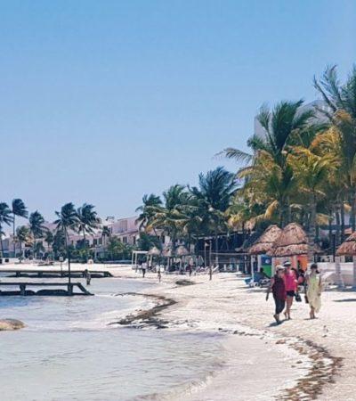 Disfrutan mexicanos del Caribe mexicano