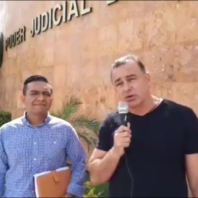 Se ampara Carlos Mimenza contra Carlos Joaquín y varios de los principales funcionarios del Gobierno del Estado