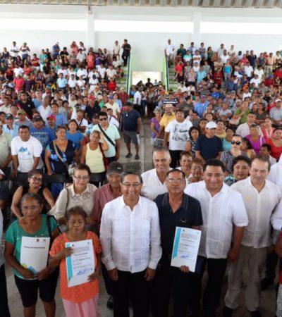 Entregan más de mil títulos de propiedad en Cancún; el rezago en QR es de 15 mil