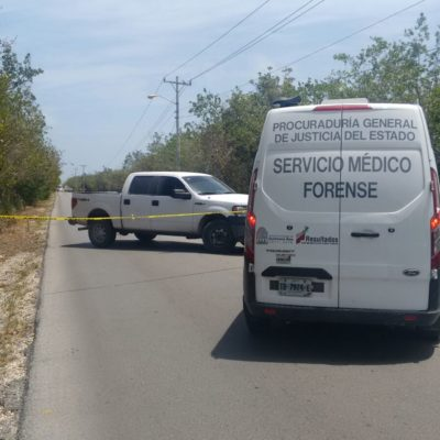 RECIBEN A OSORIO CHONG CON VIOLENCIA: Balean policías a un hombre en Puerto Morelos, en plena visita de Secretario de Gobernación a Cancún