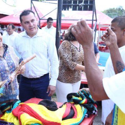 VISITA CRISTINA TORRES LA CÁRCEL: Entrega Alcaldesa constancias de capacitación a 205 internos de Centro de Retención en Playa del Carmen
