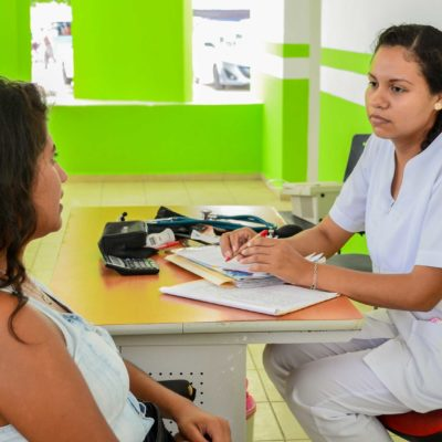 Conmemoran en Puerto Morelos el Día Internacional de Acción por la Salud de la Mujer