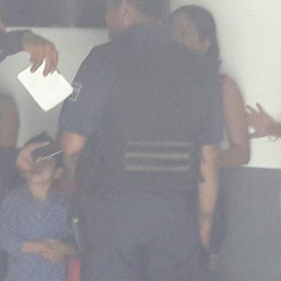 INSEGURIDAD EN TABASCO: Roban banco, toman rehenes y escapan en Cárdenas