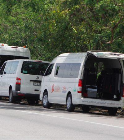 EL CORREDOR DEL DESCANSO: Convierten transportistas áreas comunes en la entrada al aeropuerto de Cancún en zonas de estacionamiento