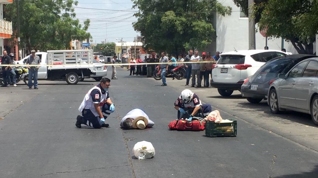 MATAN A OTRO PERIODISTA: Asesinan a balazos en Sinaloa a Javier Valdez Cárdenas, corresponsal de La Jornada y redactor del semanario Riodoce