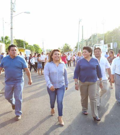 Entregan calles pavimentadas en el fraccionamiento Huracanes en Tulum