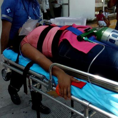FIESTA TERMINA A BALAZOS: Balea un hombre a su esposa frente a su hija de 7 años en Playa del Carmen