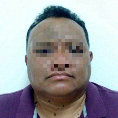 Detienen a presunto abogado defraudador en Cozumel