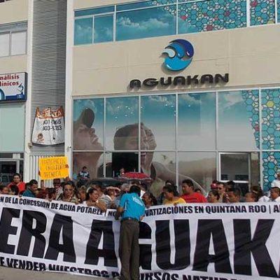 """Que no se ha logrado aún revocación de la concesión de Aguakán porque """"el asunto tiene muchas aristas"""""""