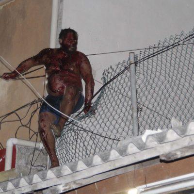 Abre Fiscalía carpeta de investigación en contra de 'ruso' por muerte de una las personas que intentaba lincharlo ayer en Cancún