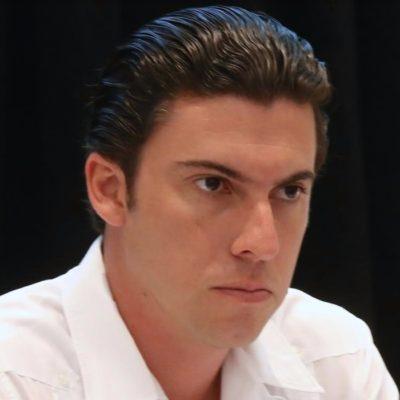 """""""NADIE POR ENCIMA DE LA LEY"""": Tras la detención de su secretario del Ayuntamiento, dice Alcalde Remberto Estrada que confía en la imparcialidad de la justicia"""