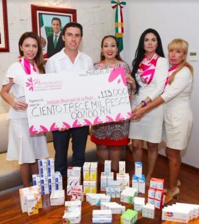 Recibe Alcalde donativo para dar medicamentos gratis a mujeres y para reactivar taller de costura