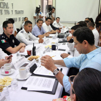 Analizan regidores propuestas para digitalizar el cobro de multas de tránsito entre otros servicios en Cancún