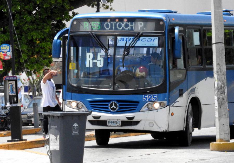 Instruye Remberto Estrada acciones para que se respete tarifa actual de transporte