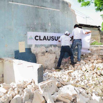 Clausura Ayuntamiento obras de demolición de edificio histórico en Leona Vicario