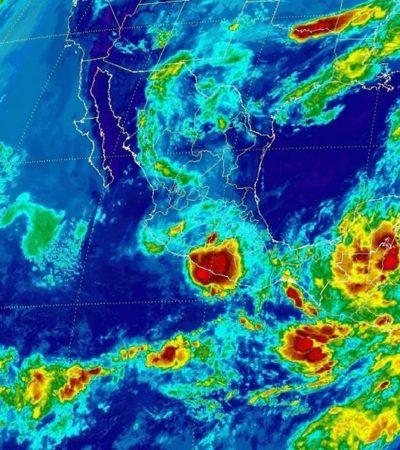 FUERTES LLUVIAS EN LA PENÍNSULA DE YUCATÁN: Vigilan disturbio que puede convertirse en ciclón; se forma depresión tropical en el Caribe