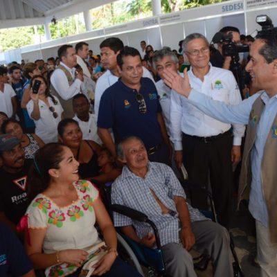 """Inicia Gobernador en Lázaro Cárdenas programa de 'caravanas' para recorrer el estado y """"cerrar las brechas de las desgualdades"""""""