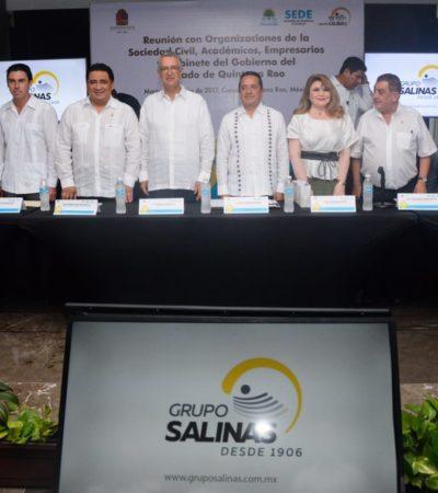 Acompañado de Ricardo Salinas Pliego, se reúne Carlos Joaquín con organizaciones civiles, académicos, empresarios y miembros del gabinete