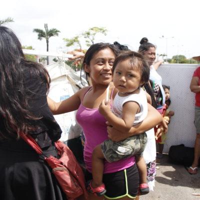 Tras más de tres meses de plantón, reubican de forma temporal a 80 familias desalojadas de la colonia irregular 'El Fortín' de Cancún | VIDEO