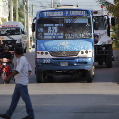 ABUSO DE TRANSPORTISTAS EN CANCÚN: Empiezan a cobrar incremento autorizado en el pasaje antes de que entre en vigor en Cancún | VIDEO