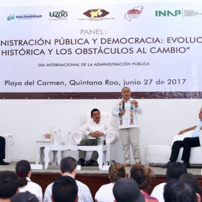 """""""LA GENTE SE CANSÓ DE LOS POLÍTICOS"""": Alcaldesa participa en foro y dice que la administración pública debe estar orientada por la voz ciudadana"""