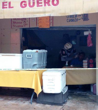 Con violencia, asaltan negocio de pollos asados en Cancún; dan cachazo a empleado