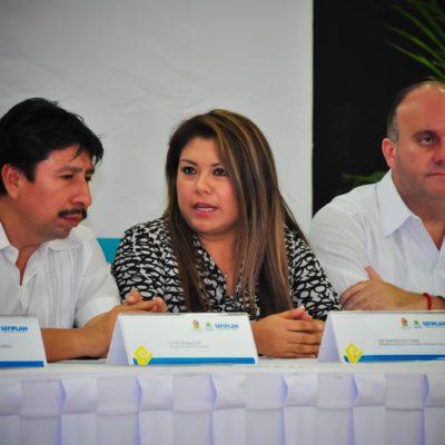 Inaugura 'Romi' foro de cultura financiera y pide honestidad y transparencia a funcionarios en Tulum