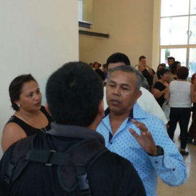 Celebran a maestros e impiden acceso a la prensa en Cozumel