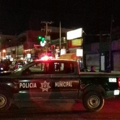 Tras fuerte movilización policiaca, catean y aseguran restaurante muy cerca de la zona de 'El Crucero' en Cancún