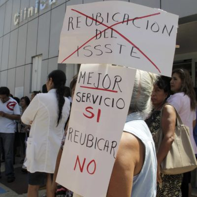 PROTESTA DE TRABAJADORES: Se niegan en el ISSSTE a reubicaciónal antiguo Hospital General de Cancún
