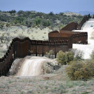 En un refugio de vida silvestre en Texas, alista Trump la construcción del primer tramo de su muro fronterizo con México