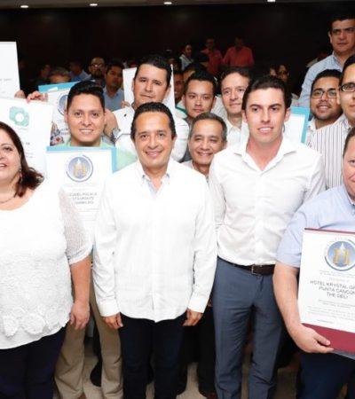 El 43% de los turistas que recibe México visita Quintana Roo, destaca Carlos Joaquín