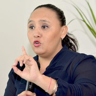 """""""Seguiremos luchando por mantener la seguridad"""", dice Cristina Torres tras ataque a comandante de la policía en Playa"""