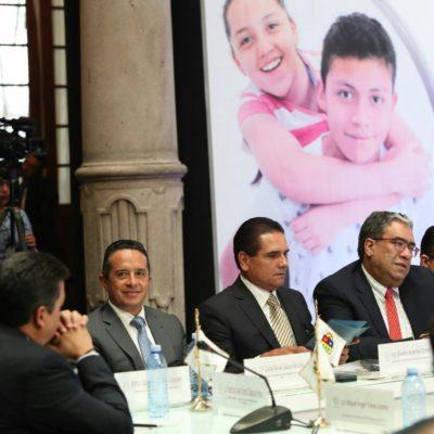 REUNIÓN DE LA CONAGO: Anuncia Carlos Joaquín materiales educativos en maya para disminuir las desigualdades en QR
