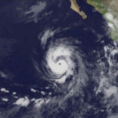 Alcanza categoría 2 el huracán 'Eugene' en el Pacífico, pero no representa peligro para costas mexicanas