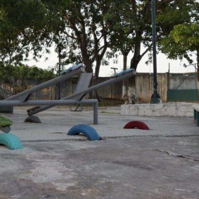 Después de 30 años, el parque del DIF en el centro de Cancún sufre los estragos del abandono