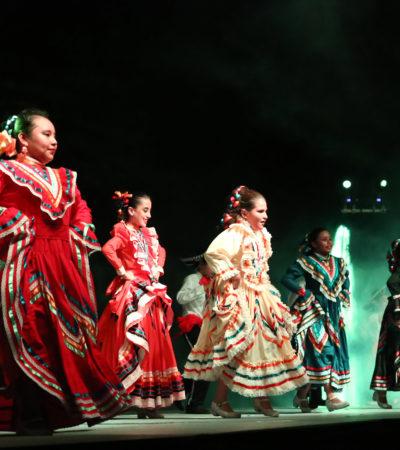 Participan ganaderos y cabalgantes en Feria Playa del Carmen 2017
