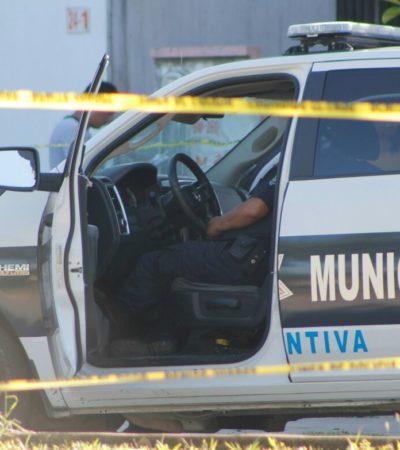 RAFAGUEAN A POLICÍAS EN CANCÚN: Matan a agente municipal en la SM 260